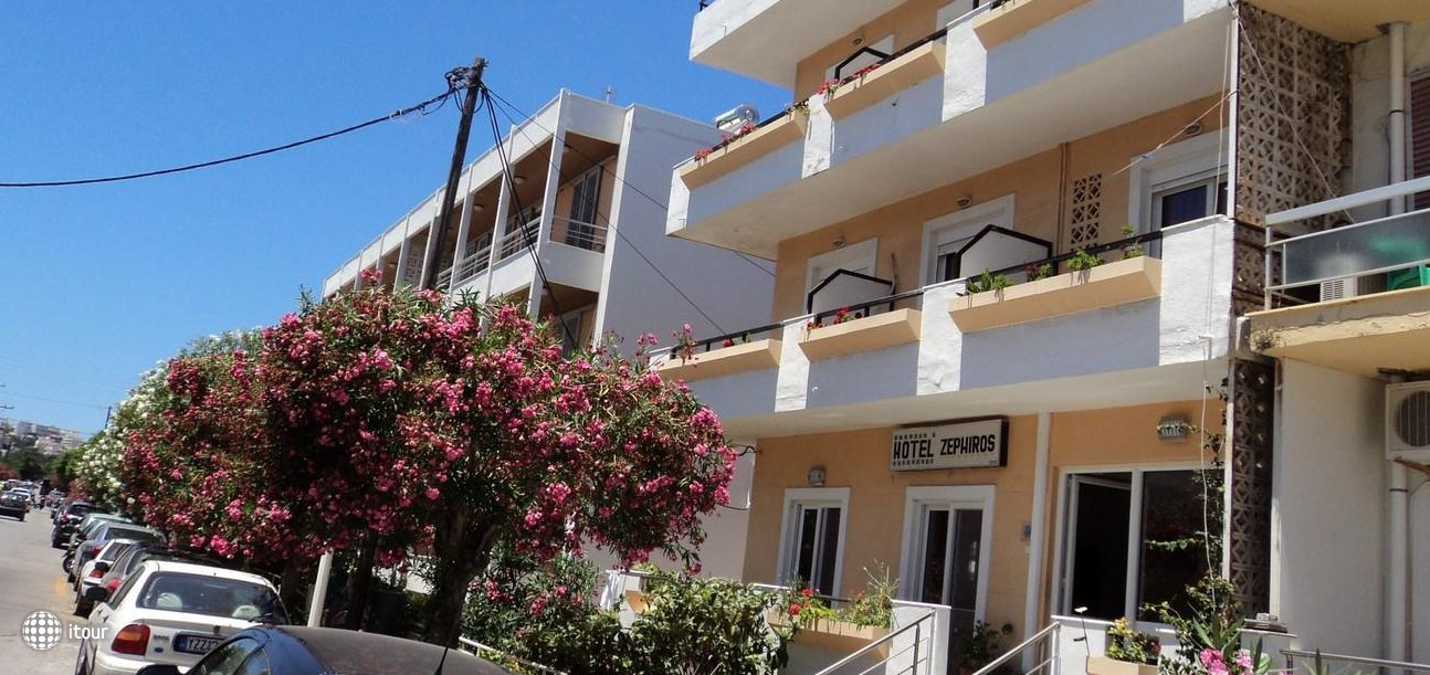 Zefyros Hotel 2