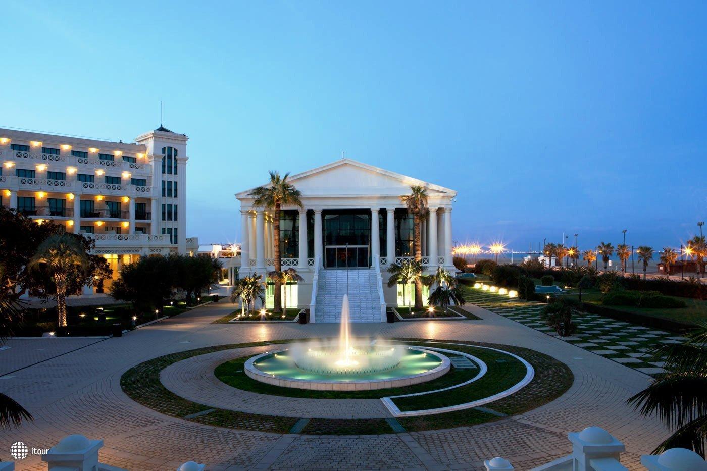 Las Arenas Balneario Resort 5