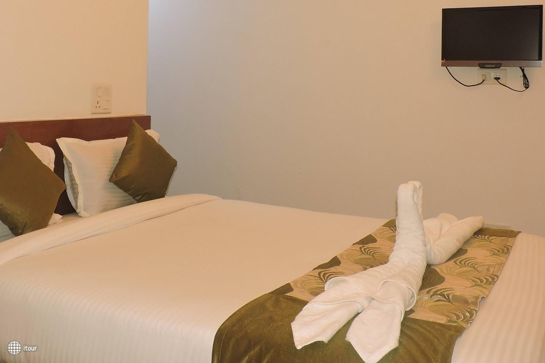 Maximum Holiday Inn 4