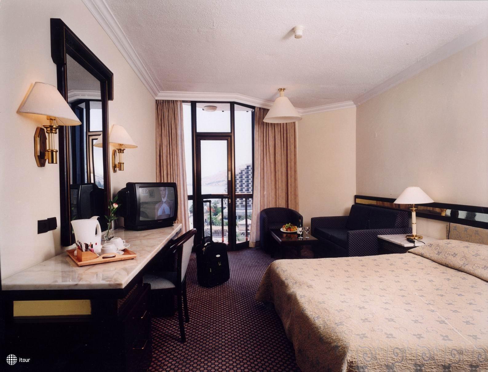Caesar Premier Dead Sea Resort & Spa Hotel 6