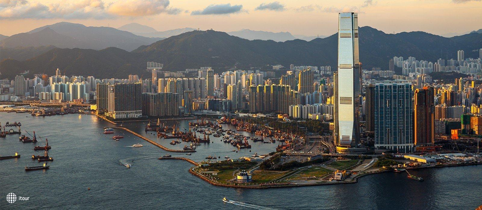 Kowloon Shangri-la 9