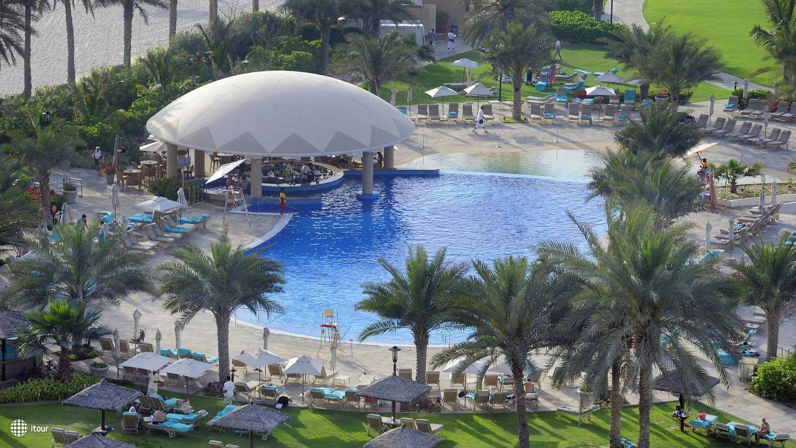 Le Royal Meridien Beach Resort & Spa 2