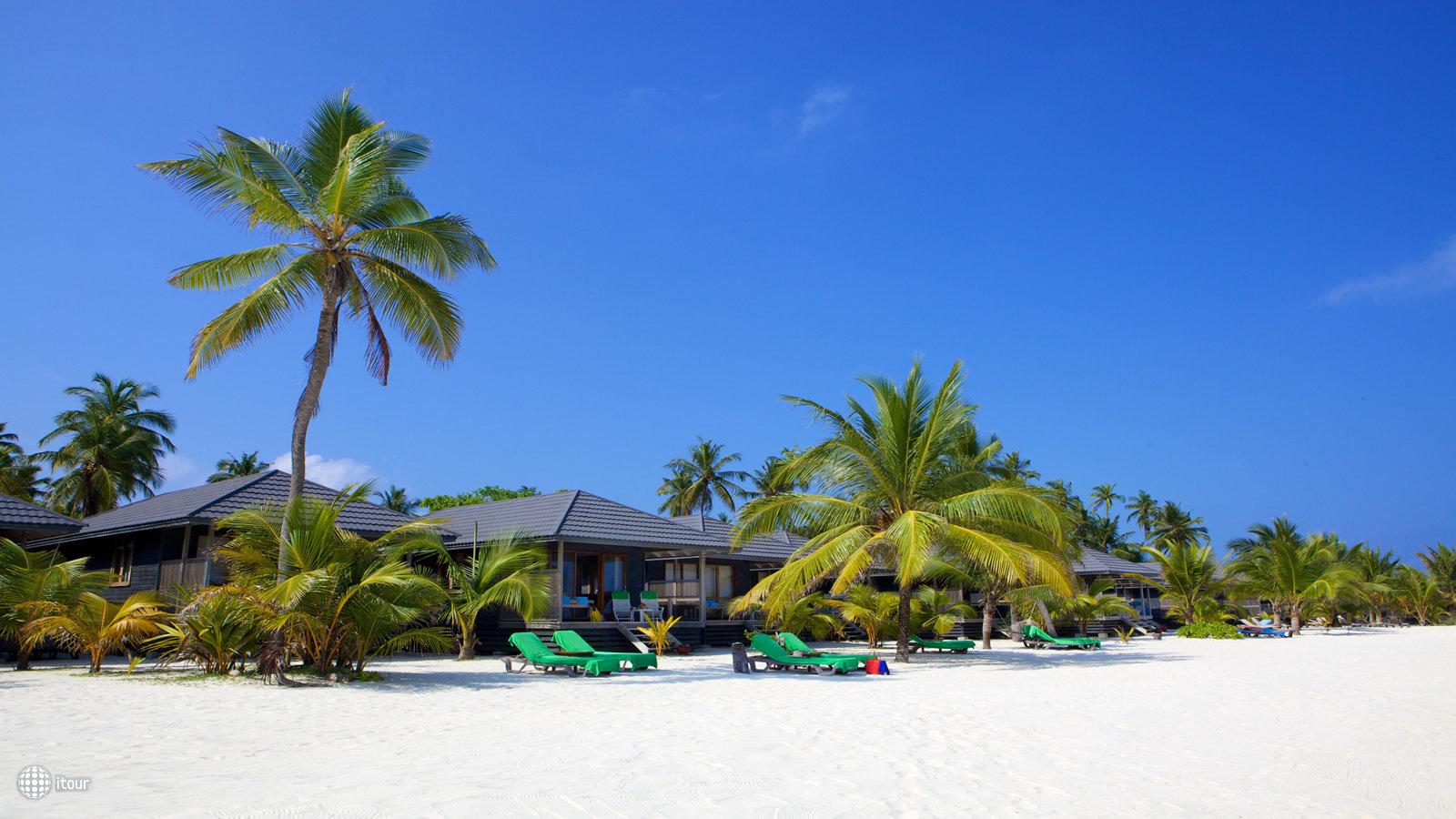 Kuredu Island 8