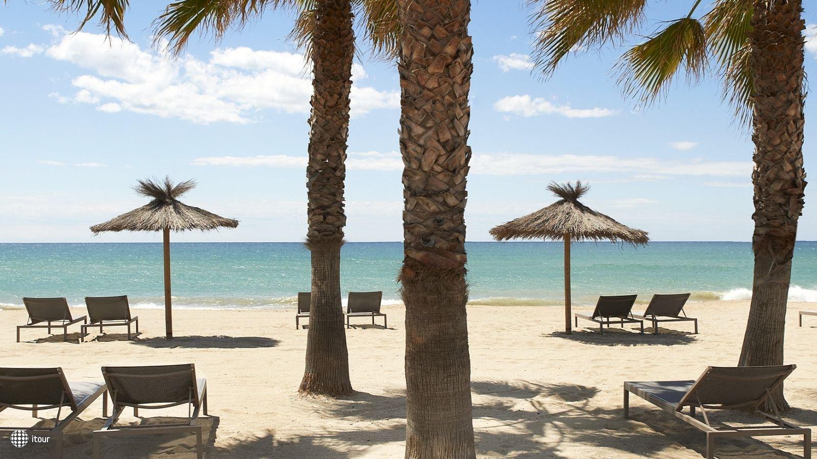 Le Meridien Ra Beach Hotel And Spa 2