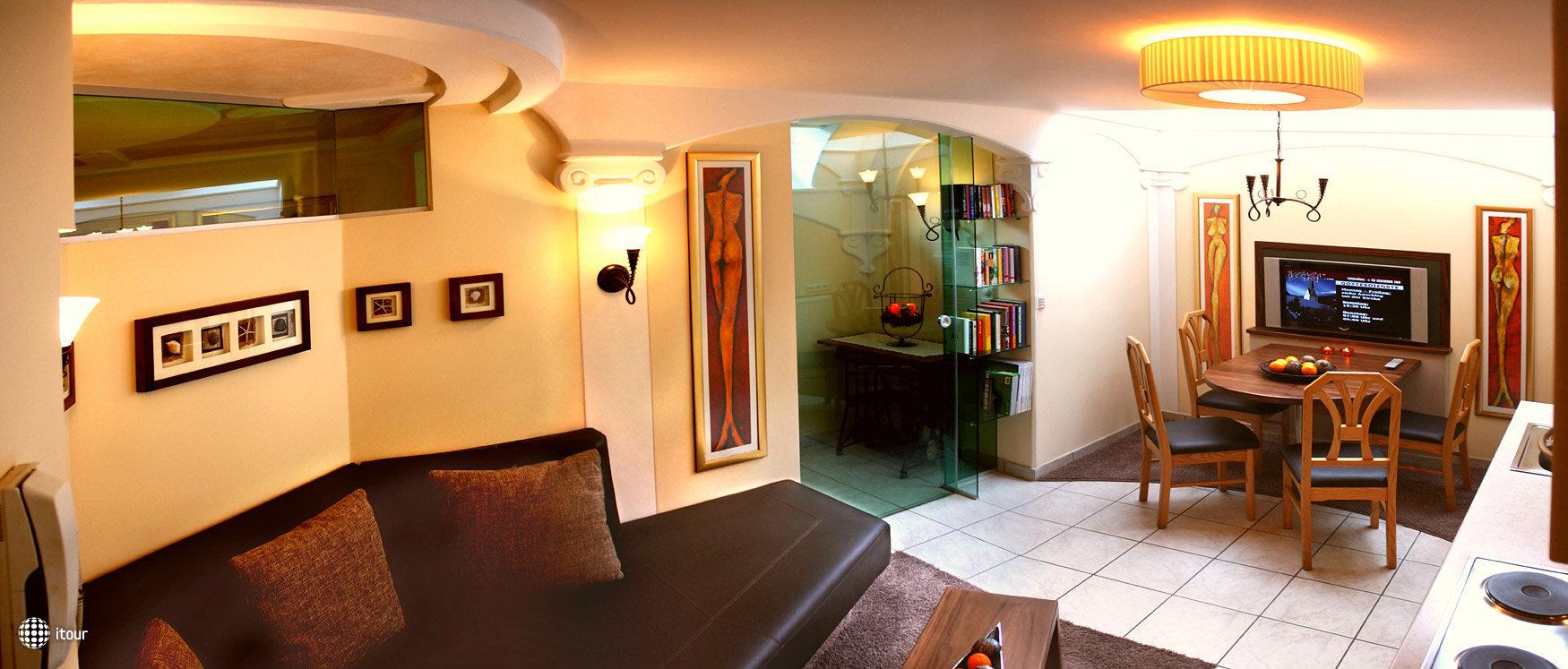 Gruetter Luxury Apartments 3