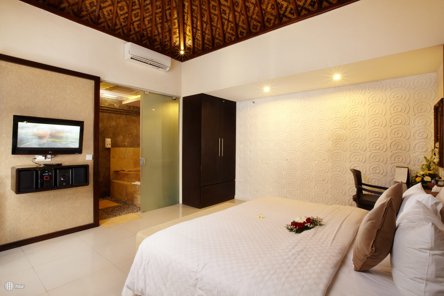 Putu Bali Villas & Spa 5