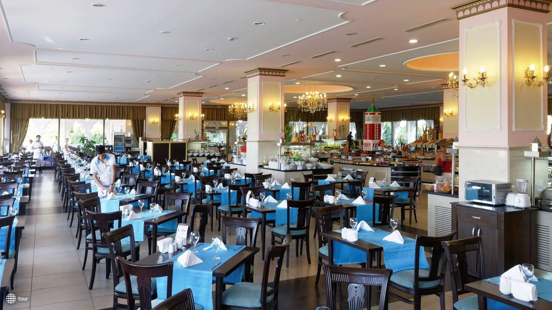 Venezia Palace Deluxe Resort Hotel 7