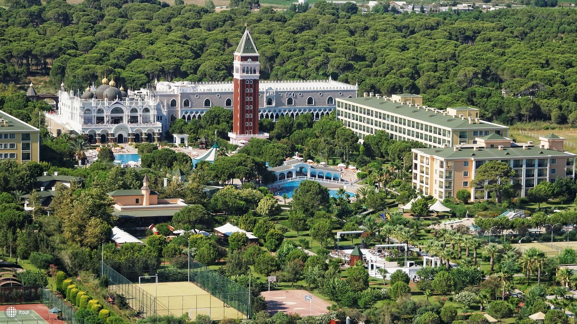 Venezia Palace Deluxe Resort Hotel 1