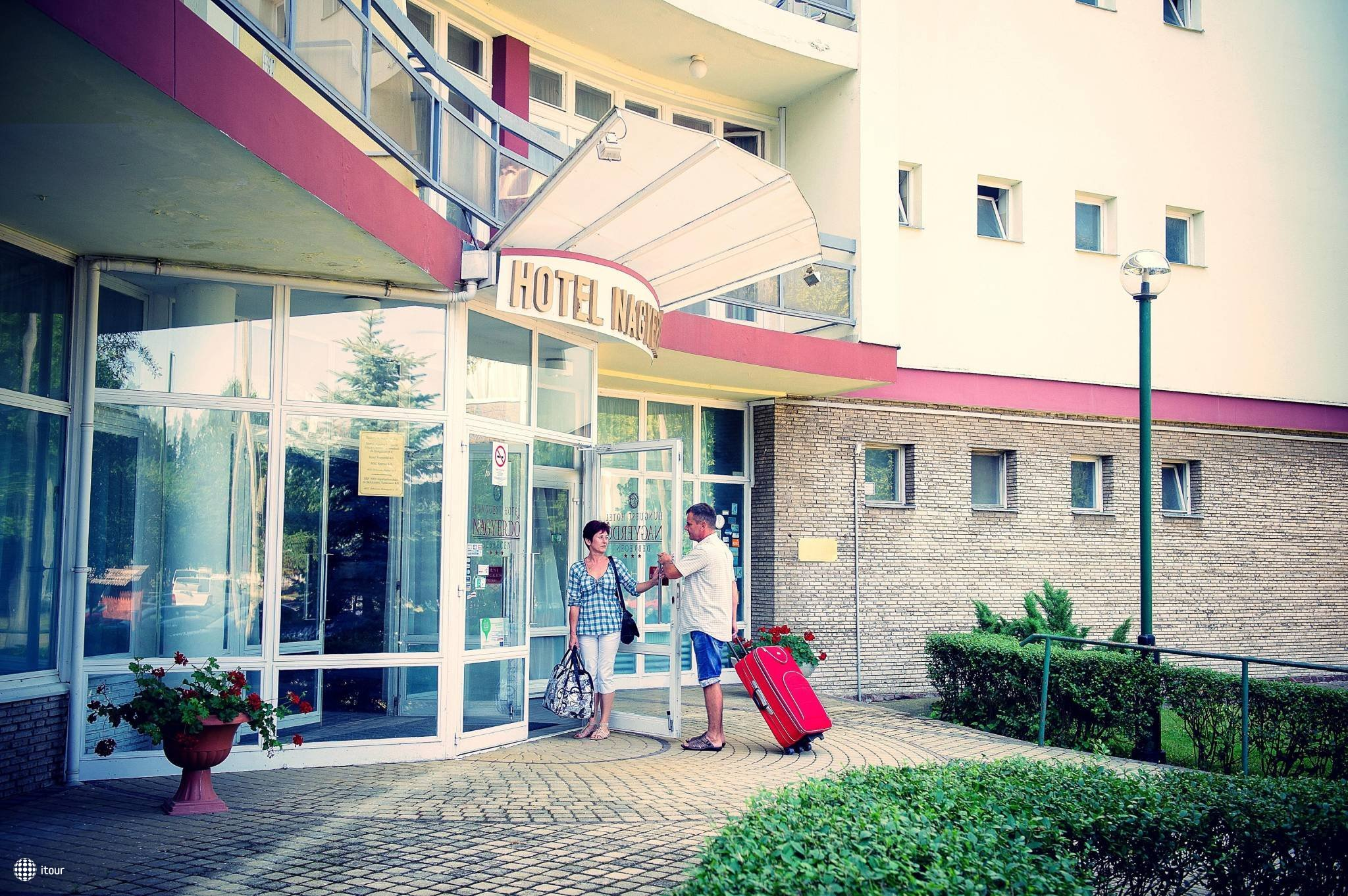 Hunguest Hotel Nagyerdo 2
