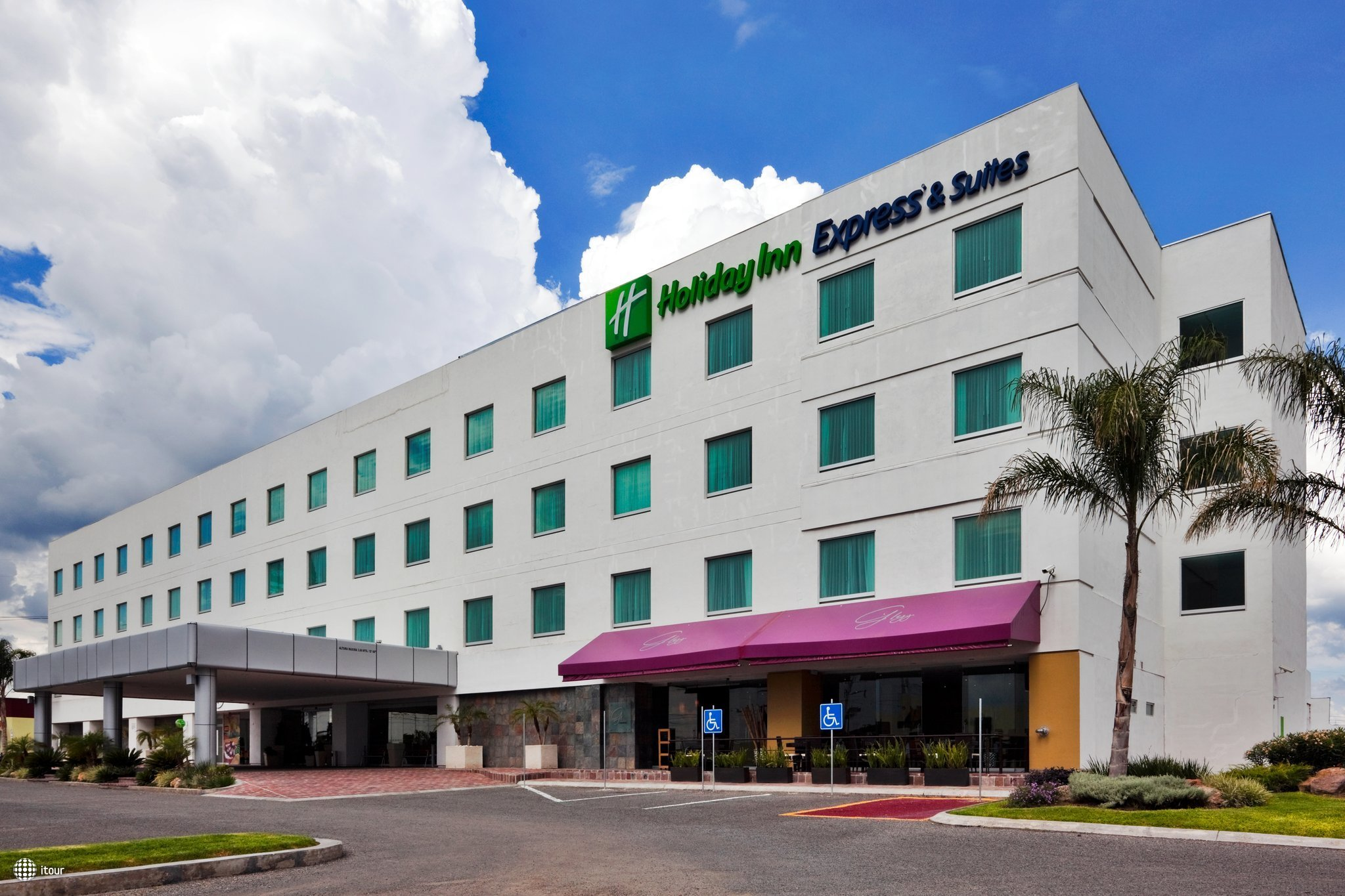 Holiday Inn Express Hotel & Suites Irapuato 1