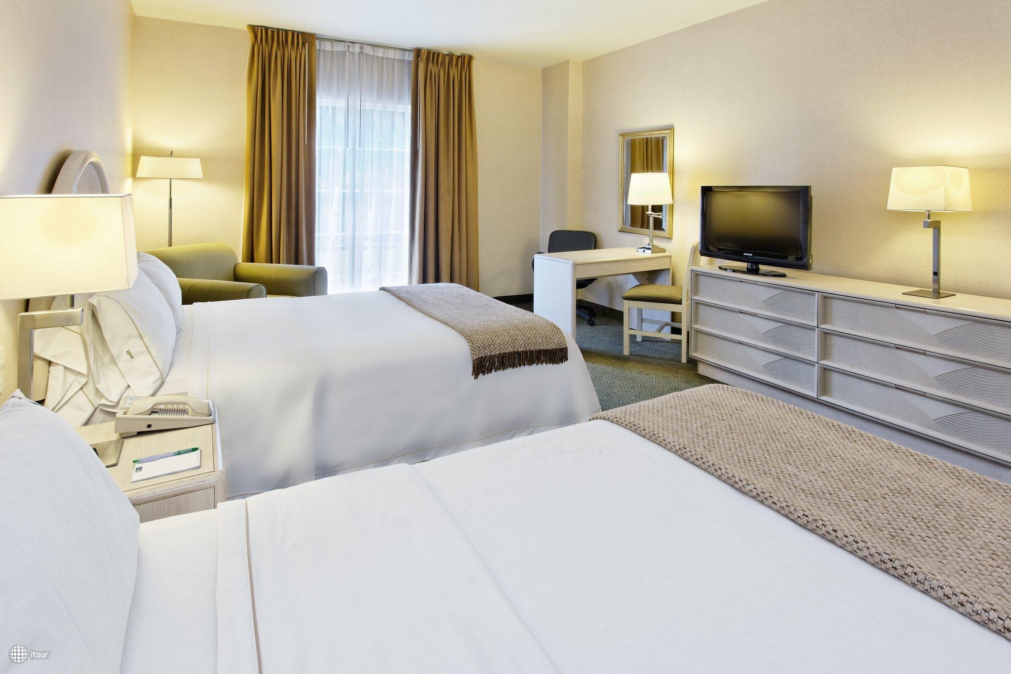 Holiday Inn Express Monterrey Galerias-sn Jeronimo 7