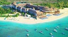 Grand Coco Bay