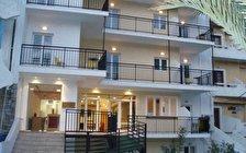 Haris Apartments