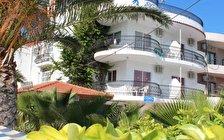 Elarin Studios & Apartments