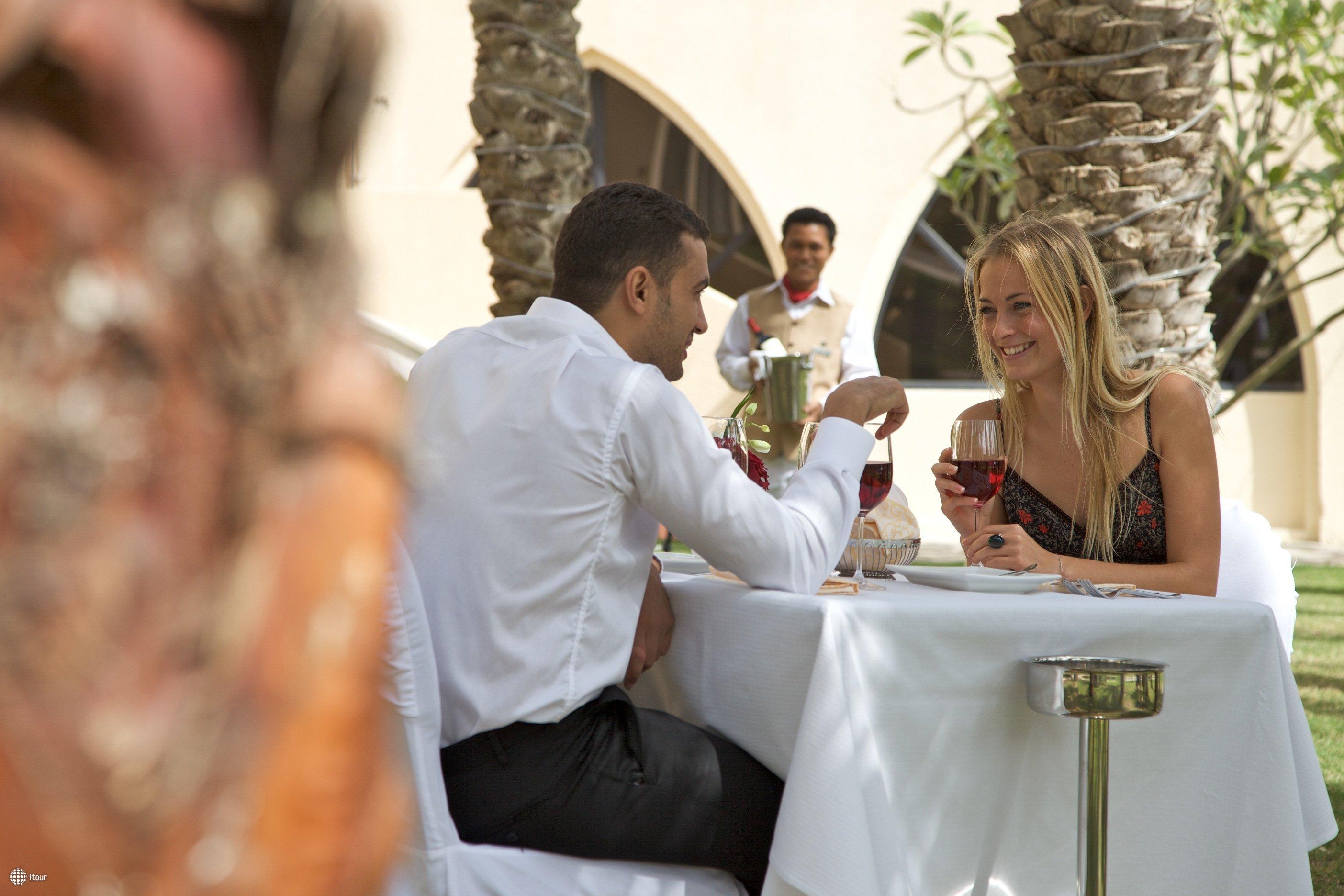 Mafraq Hotel 6