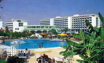 Фото отеля Golden Coast  Resort Hotel