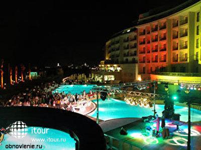 Фото отеля Lyra De Luxe Hotel