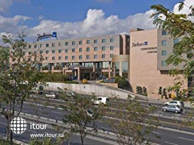 Фото отеля RADISSON SAS CONFERENCE AND AIRPORT