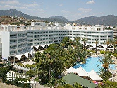 Фото отеля Maritim Grand Azur