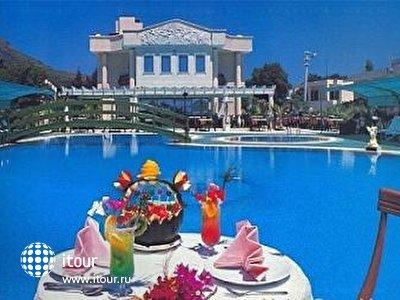 Фото отеля Grand Levent Hotel