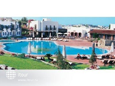 Фото отеля L'ambiance Resort Hotel