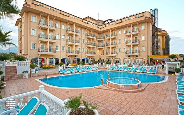 Sinatra Hotel 3