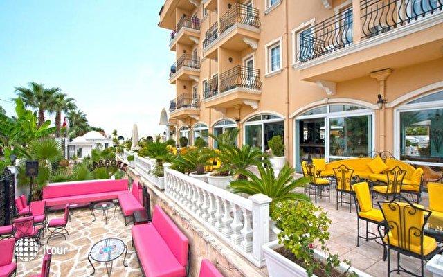 Sinatra Hotel 7
