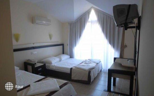 Berkay Beach Hotel 7