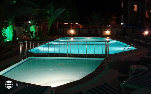 Berkay Beach Hotel 8
