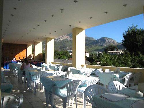 Begonya Hotel 3