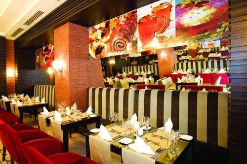 Crystal De Luxe Resort & Spa 10