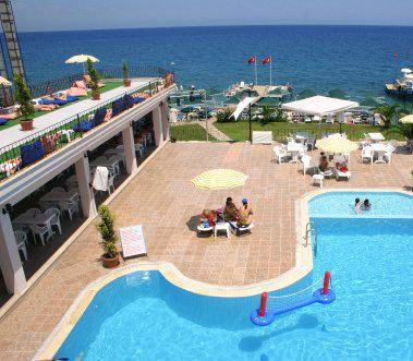 Belport Beach Hotel 8