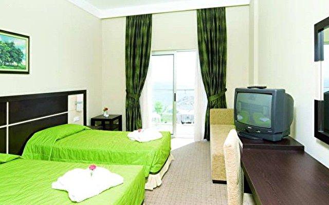 La Perla Resort 4