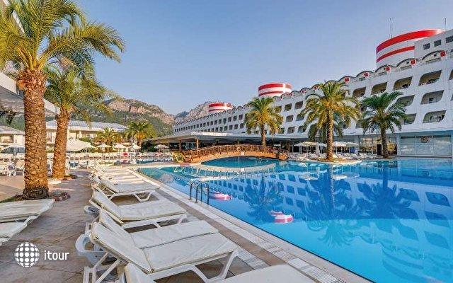 Queen Elizabeth Elite Suite Hotel And Spa 3