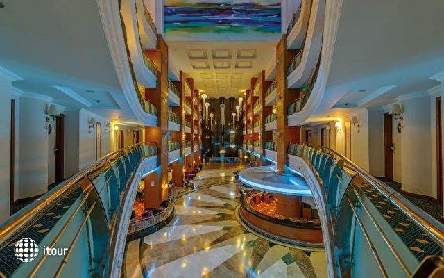 Queen Elizabeth Elite Suite Hotel And Spa 7
