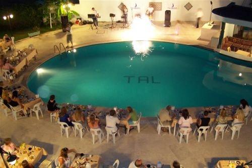 Tal Hotel 9
