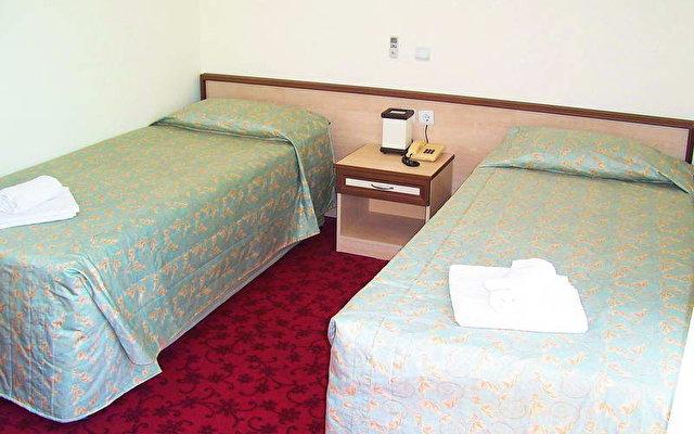 Tal Hotel 3