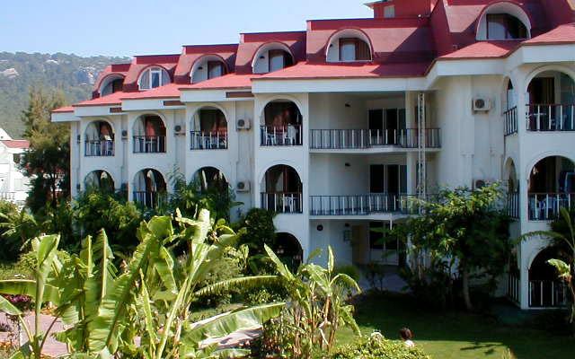 Sailor's Beach Hotel Club 6