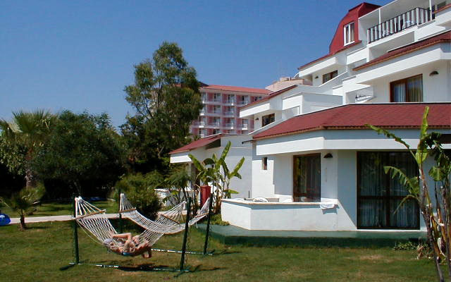 Sailor's Beach Hotel Club 5