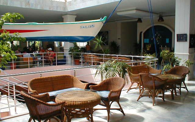 Sailor's Beach Hotel Club 3