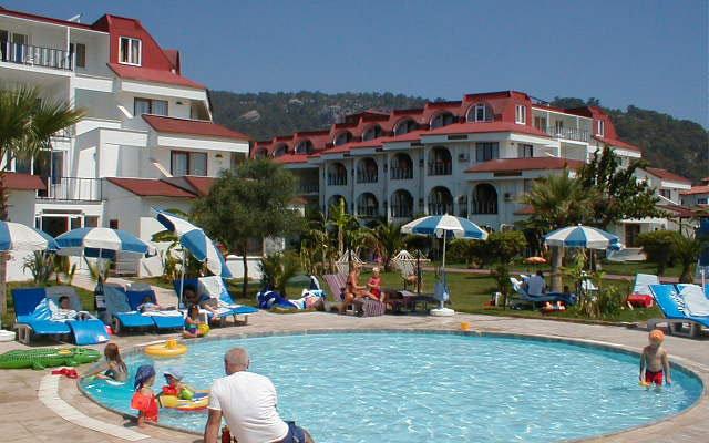 Sailor's Beach Hotel Club 7