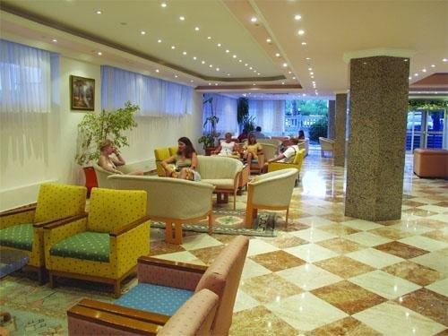 Fame Beach Hotel 10