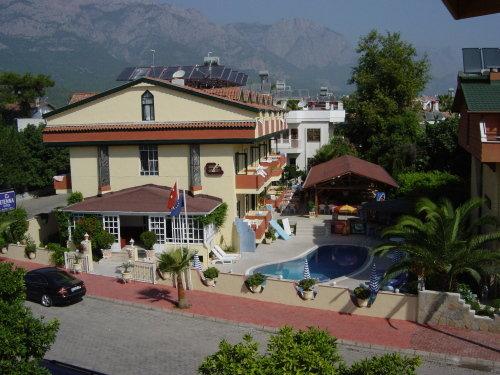 Etenna Hotel 1