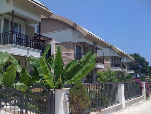 Residence Garden 1