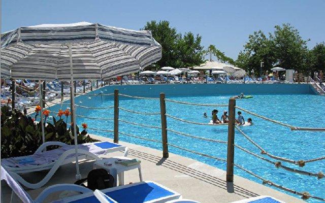Daima Biz Resort 9
