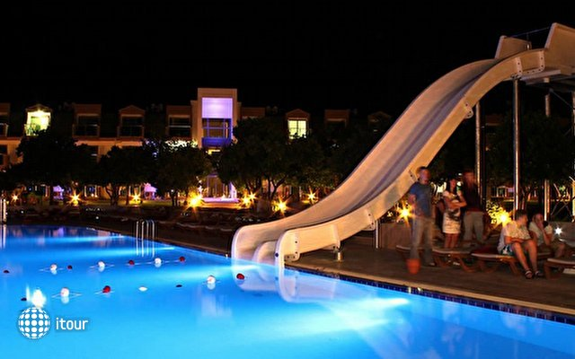 Batont Garden Resort (ex.visage Luxe Resort) 5