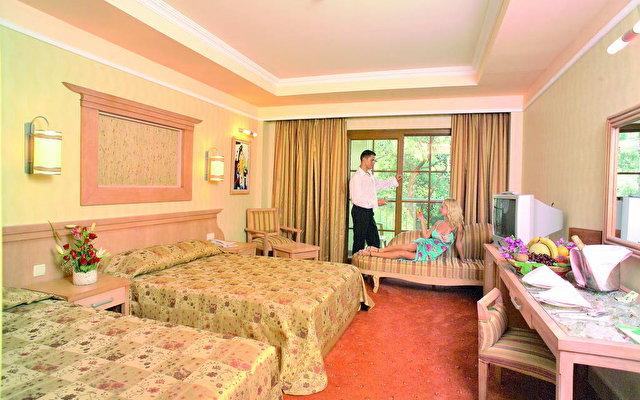 Kaplan Paradise Hotel 8