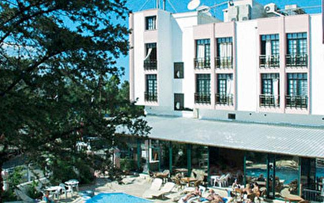 Armeria Hotel 3
