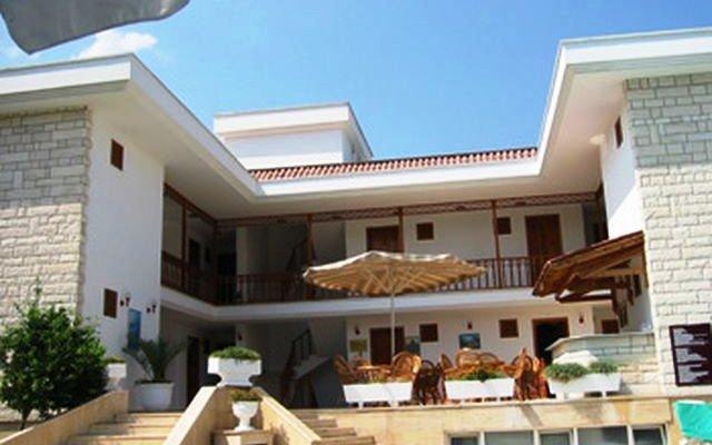 Felice Hotel 10