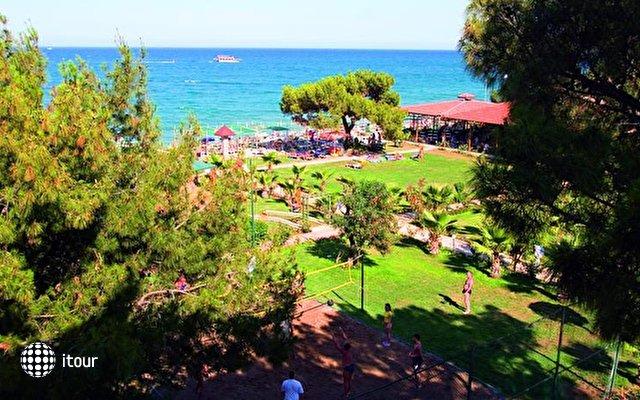 Carelta Beach 8